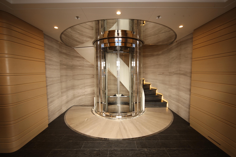 Ascensori montacarichi e piattaforme elevatrici di alta for Corsi per arredatore d interni